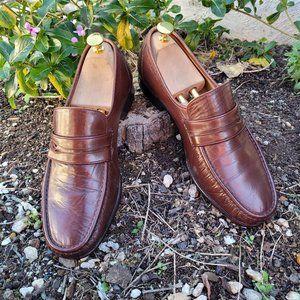 Bernard Moc Toe Loafers. Brown